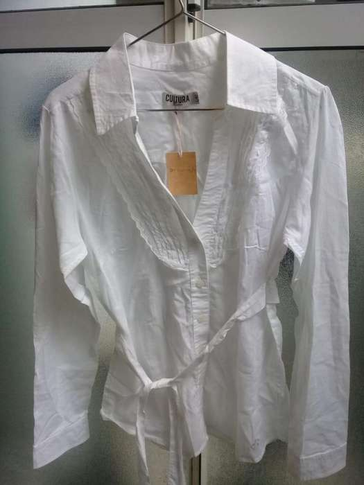 <strong>camisa</strong> Blanca Cultura Nueva sin uso