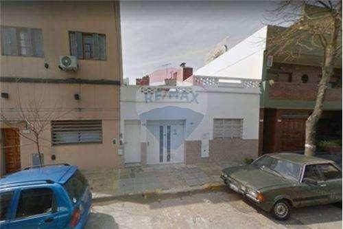 Venta casa para reciclar en Villa Urquiza