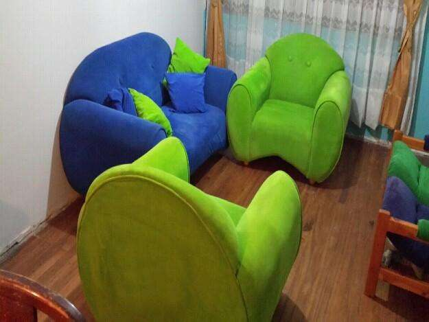 se vende 3 sofas