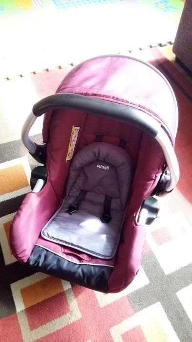 Porta bebé color unisex con capucha regulable y cinturón de seguridad ajustable Isofix para autos y casa (0-12 meses)
