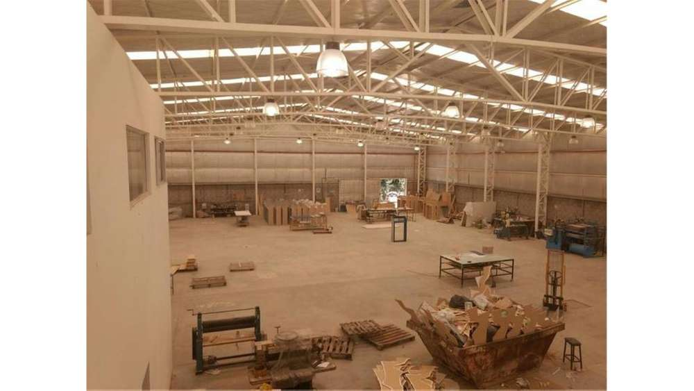 Parque Industrial Lomas De Zamora S/N - UD 1.650.000 - Galpón en Venta