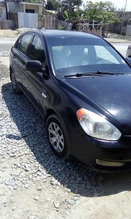 Hyundai Accent 2011 - 30000 km