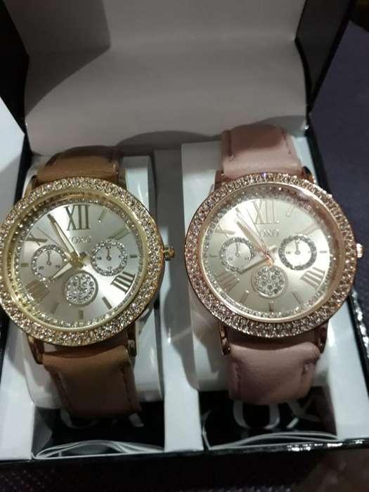 Dos Reloj Xoxo para Mujer