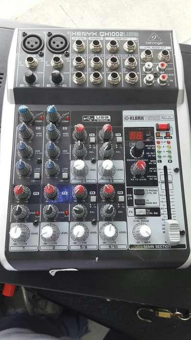 Consola MEZCLADOR Behringer Qx1002usb