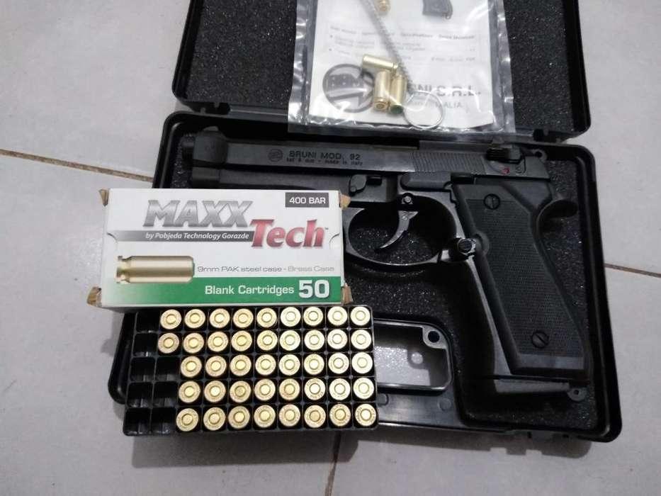 Pistola de Fogeo No Real con 40 Cartucho