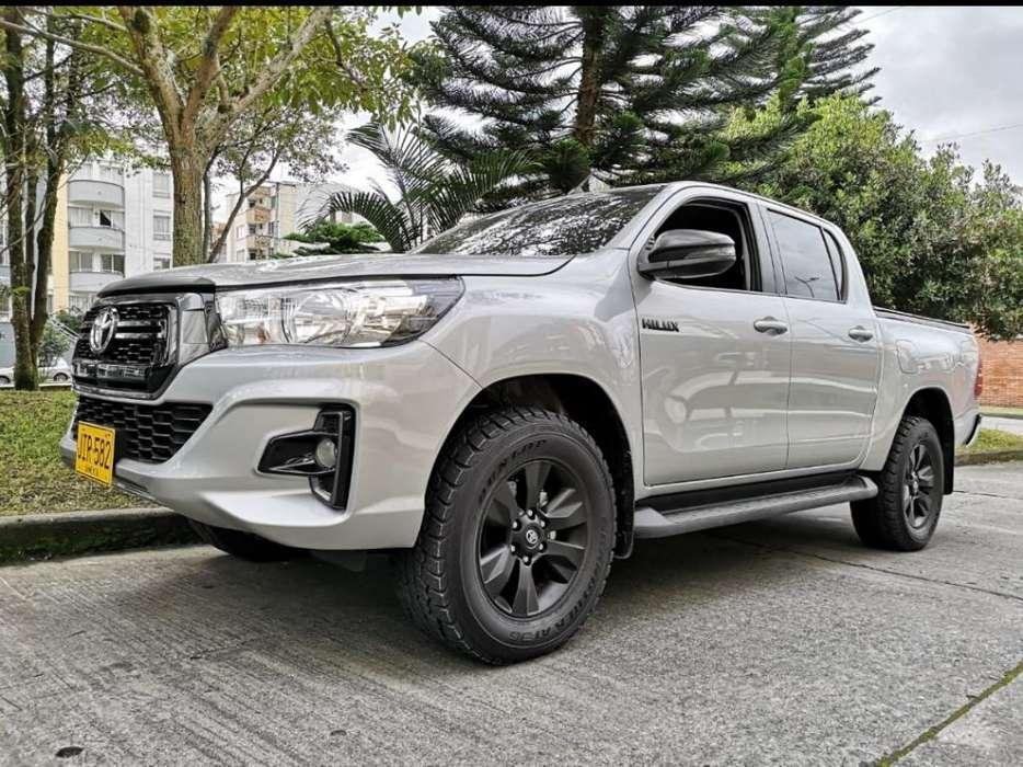 Toyota Hilux 2018 - 15000 km