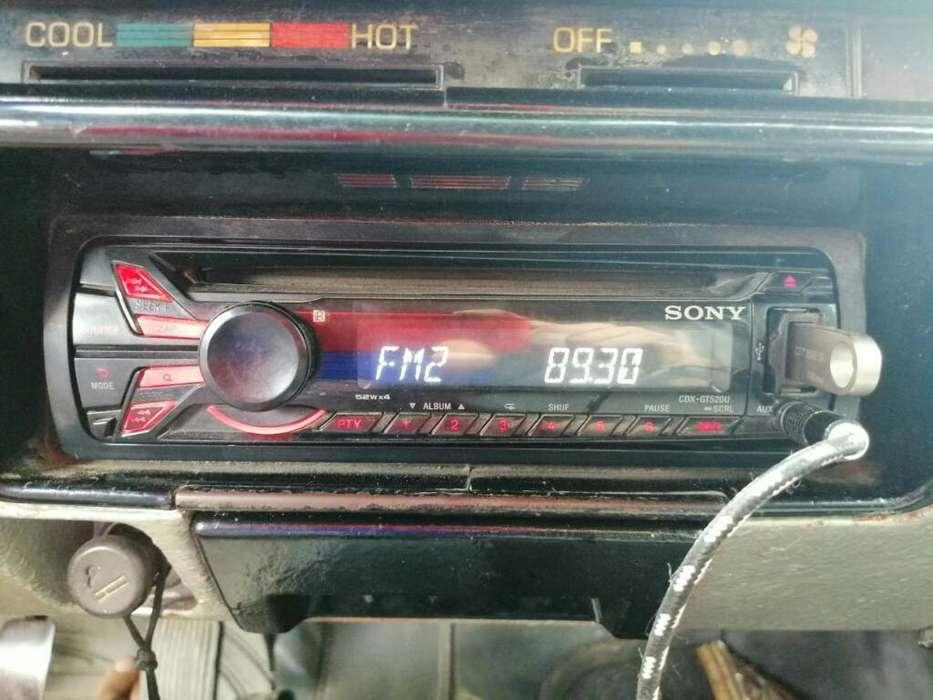 Vendo Radio Sony