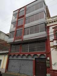 Rento Edificio Y Departamentos Riobamba