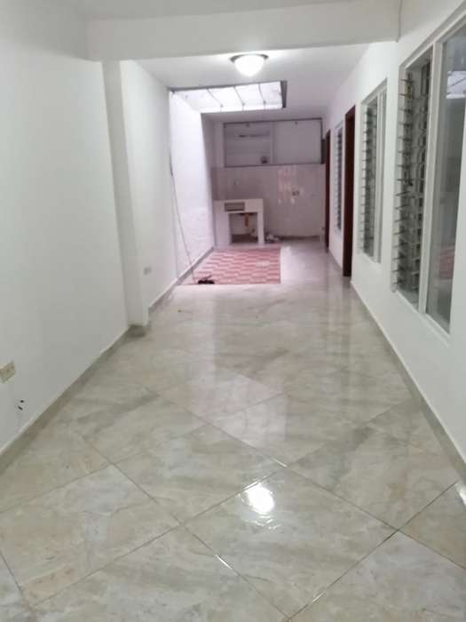 Vendo Casa 1er Piso Garage en Cabañitas