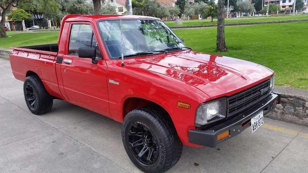 Toyota Hilux 1981 - 307000 km