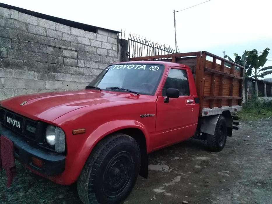 Se Vende Toyota Stout 1987