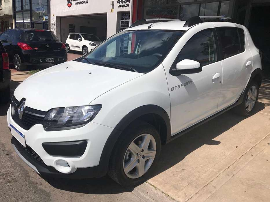 <strong>renault</strong> Sandero Stepway 2018 - 1000 km