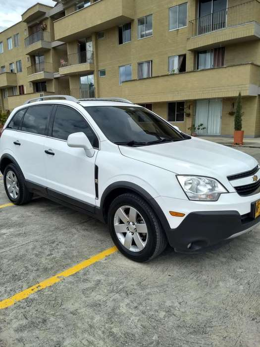 Chevrolet Captiva 2012 - 79000 km