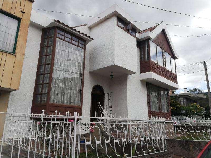 Casa En Venta En Duitama Solano Cod. VBPRE1733