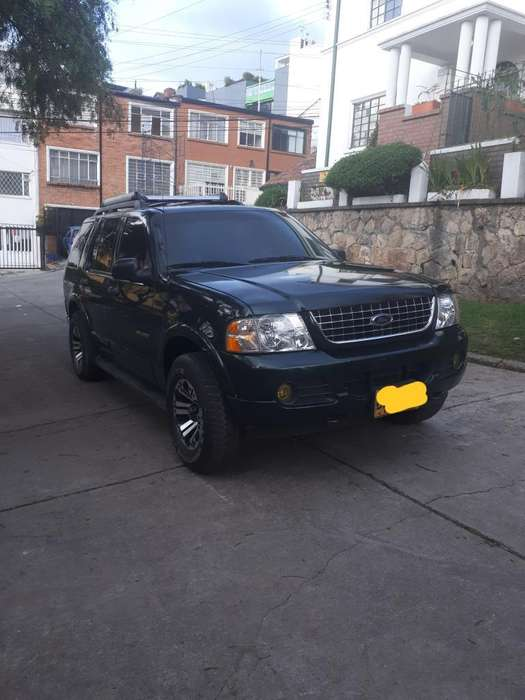 Ford Explorer 2005 - 188000 km