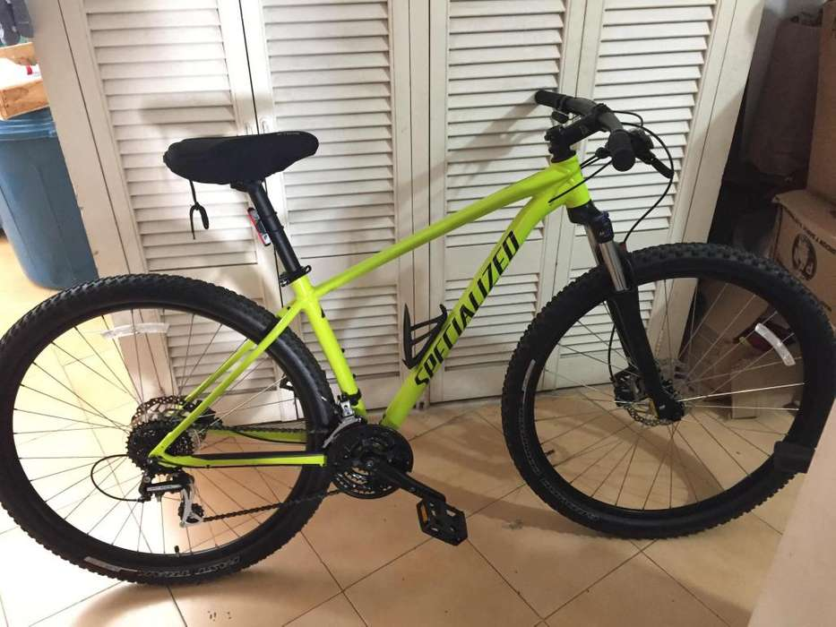 Bicicleta Specialized Rockhopper Sport