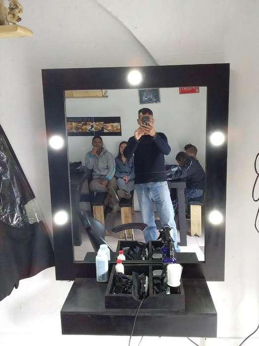 Espejo Barberia con 5 Bombillos