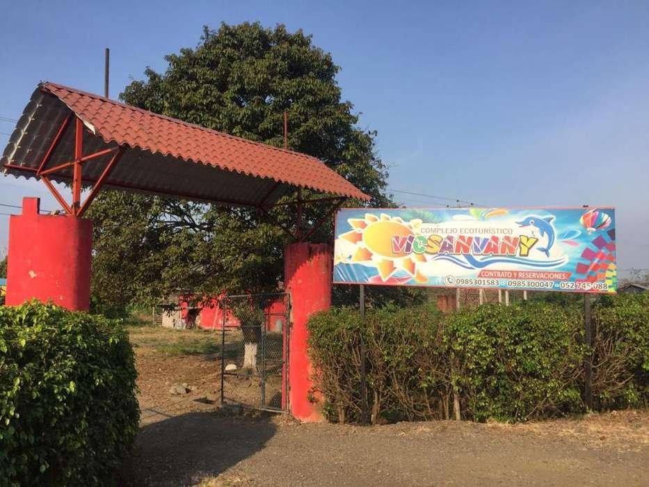 Complejo turístico en <strong>venta</strong> con banco privado, en Babahoyo.