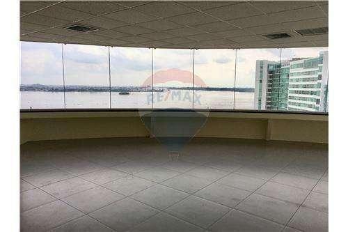 Venta de Oficina en Puerto Santa Ana, Estefania Peña