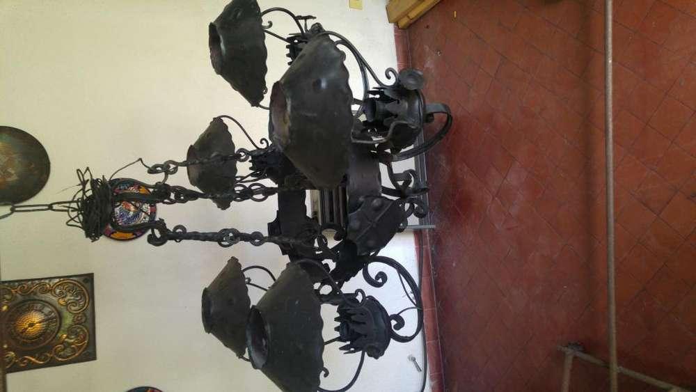 Lámpara araña de acero forjado artesanal
