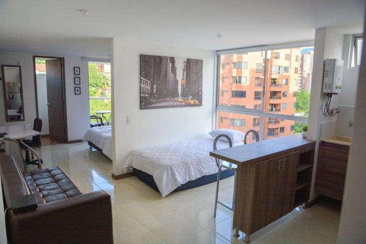 Se renta apartamento amoblado en Medellín - Poblado Aguacatala