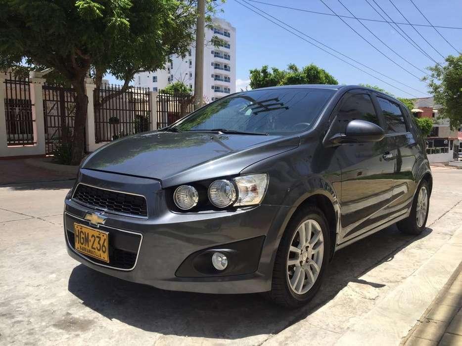 Chevrolet Sonic 2013 - 32000 km