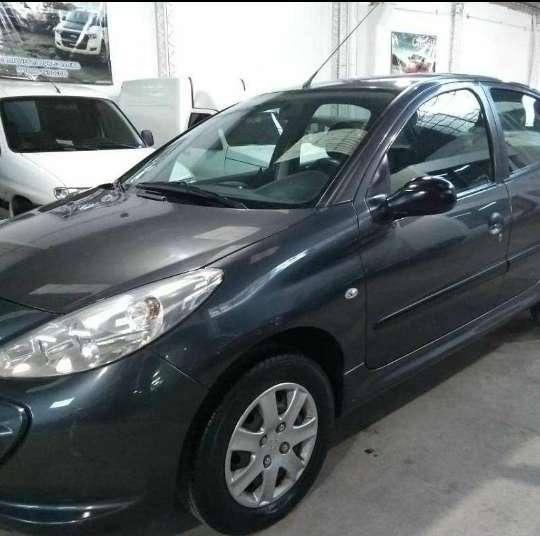 Peugeot 207 1.4 Año 2012 75.000km reales! Muy buen estado!