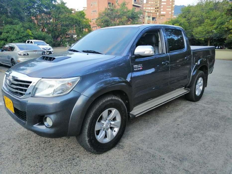 <strong>toyota</strong> Hilux 2013 - 103000 km