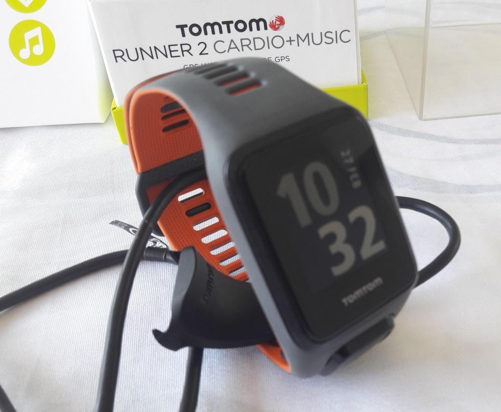 ae4b792c79d6 Tomtom Runner 2 Cardio Music reloj Con Gps - Lima