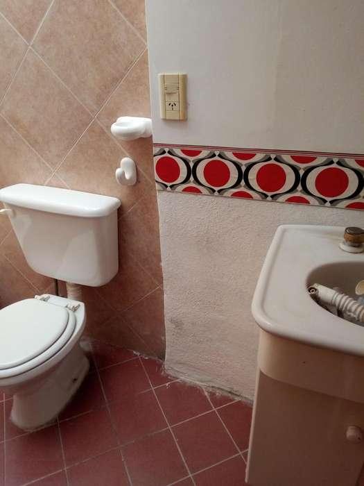 ALQ Dep 4 dormit. 2 baños. 1er piso en Bo La Rioja.