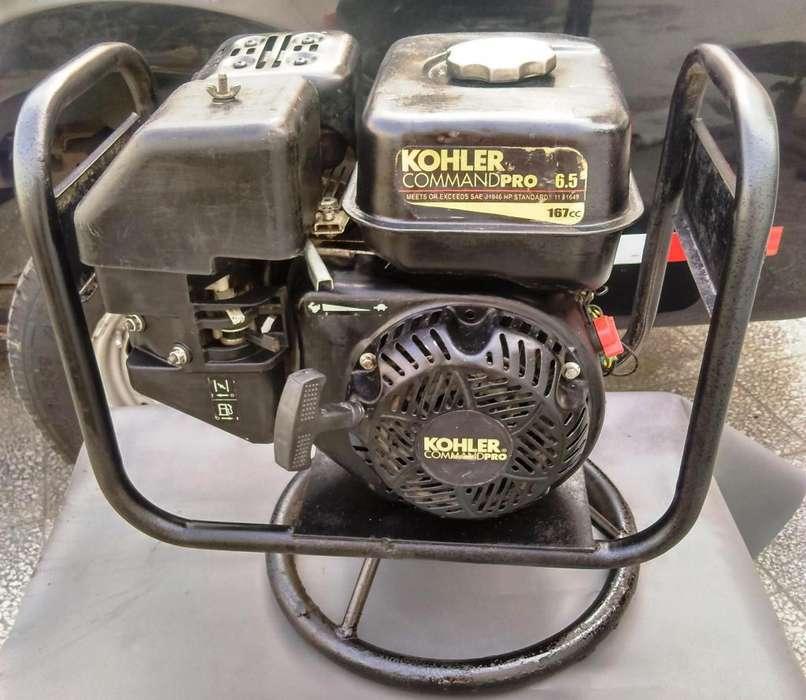 MOTOR VIBRADOR DE CONCRETO 6.5 HP 197cc KOHLER USADO