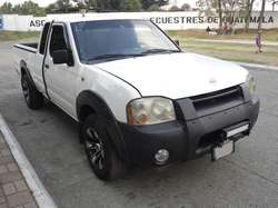 PICK UP NISSAN FRONTIER XE KING CAB MODELO 2003