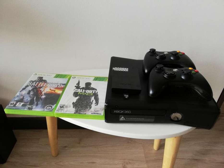 Xbox 360 SLIM 250 MG 2 controles disco duro 250 gb 2 juegos orig