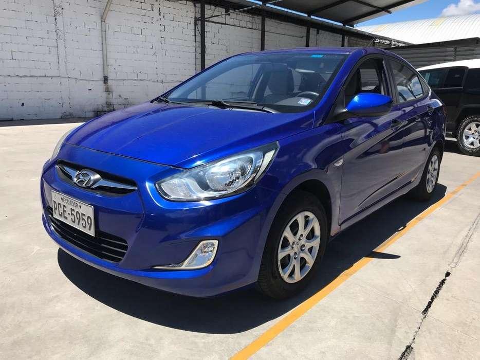Hyundai Accent 2013 - 50000 km