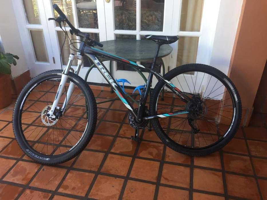 bicicleta MTB TREK MARLIN 7 modelo 2015