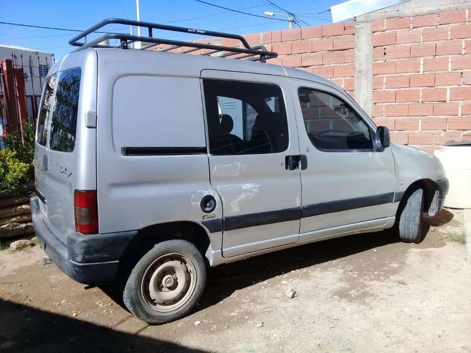 Citroen Berlingo 2007 - 182000 km