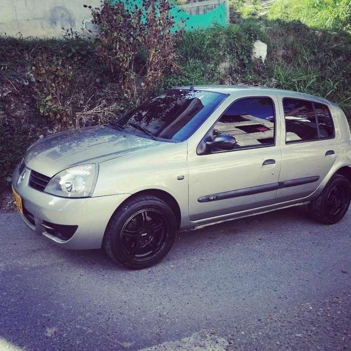 Renault Clio  2014 - 110 km
