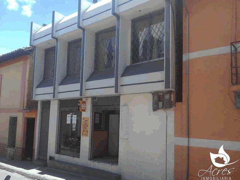 CASA DE 318M2 EN EL CENTRO DE CANGAHUA