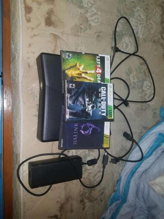 Xbox 360 con 3 Juegos de Regalo