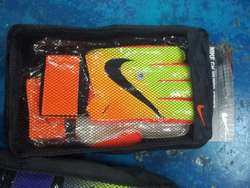 Guante de Arquero fútbol Nike con Férulas.