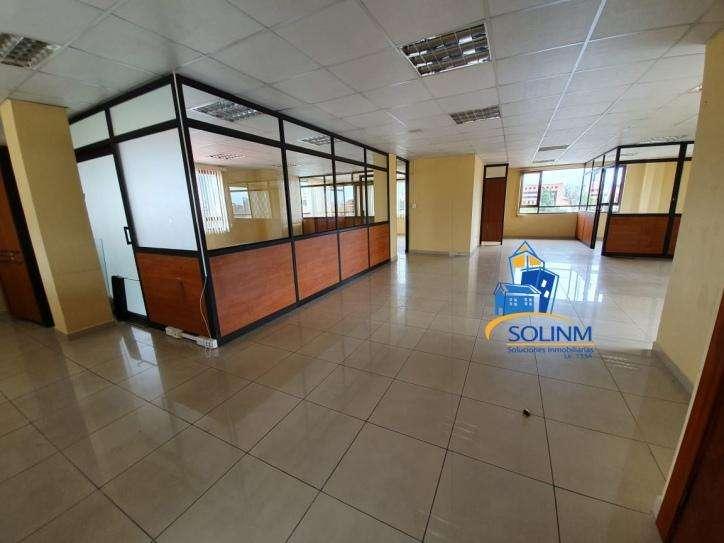 SOLINM: LOCAL COMERCIAL AMPLIO EN VENTA O ARRIENDO, 220M2 MJ1698