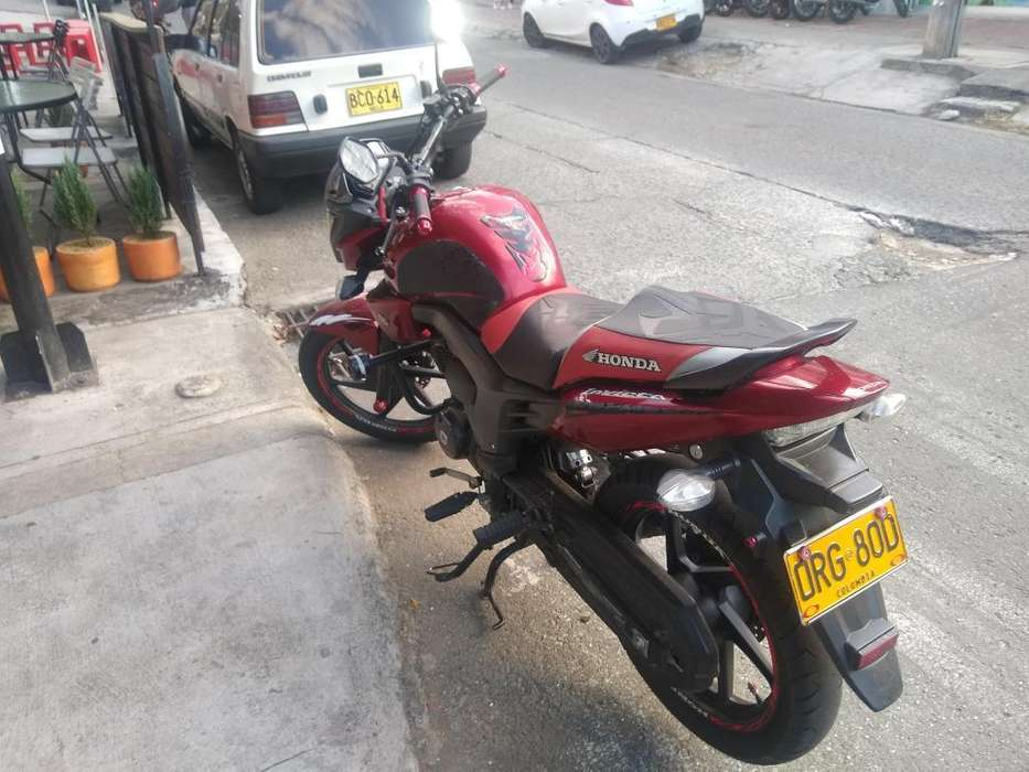 Vendo Honda Invicta