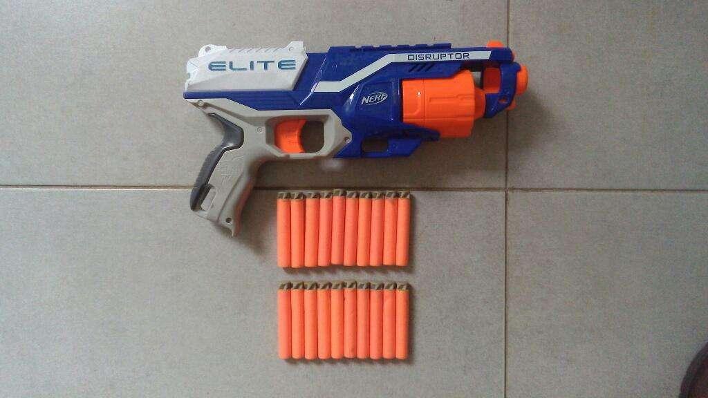 Arma Nerf Elite 20 Dardos Impecable