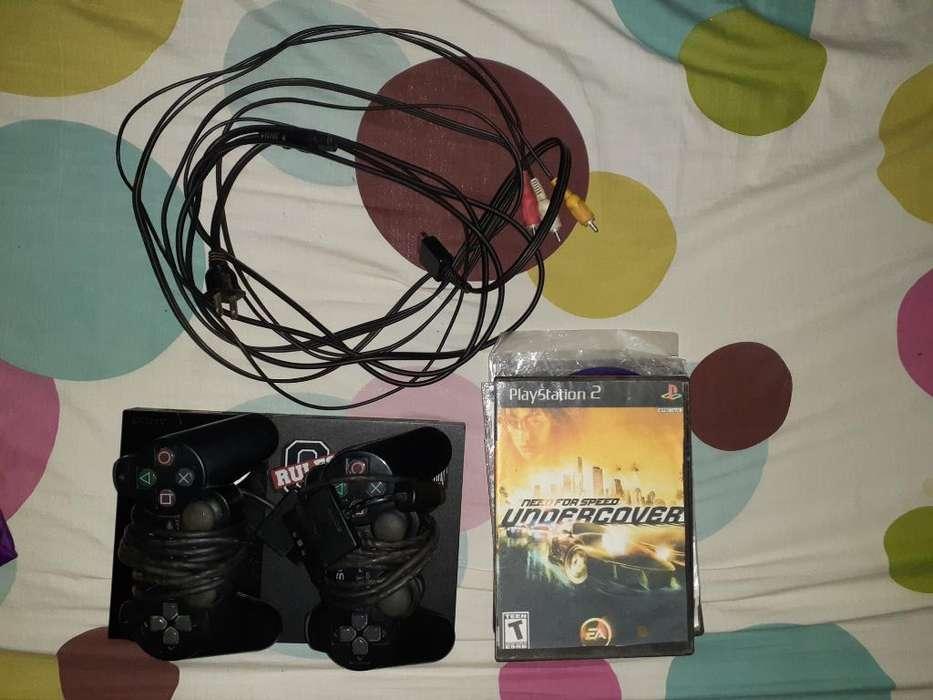 Vendo Playstation 2, Semi Usado.