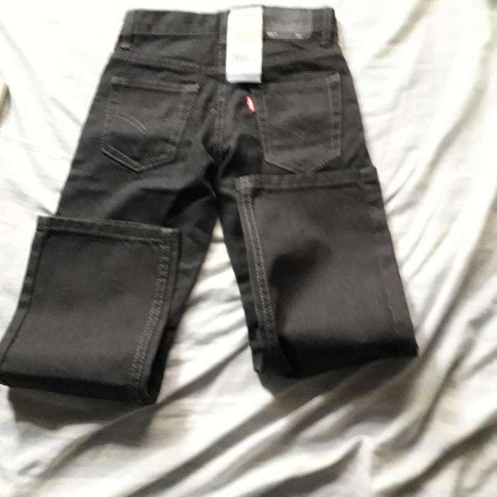 1499711a5 Pantalones levis  Ropa y Calzado en venta en Guayas