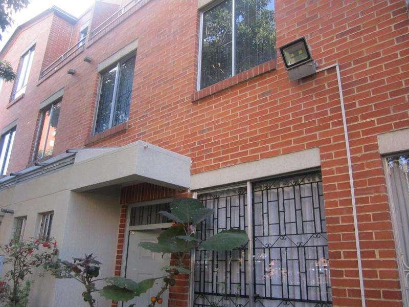 Casa En Venta En Bogota La Campiña Cod. VBBRE62269