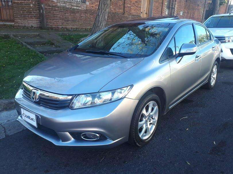 Honda Civic 2014 - 108500 km