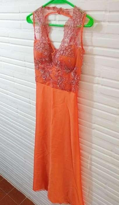 vestido de fiesta bordado