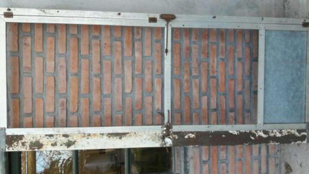 Puerta Mosquit. de Aluminio