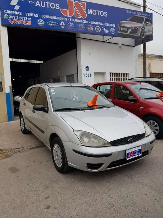 Ford Focus 2004 - 146000 km